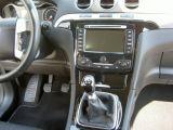 Ford S-max 2.0TDCi - Titánium,DVD navigace,alu