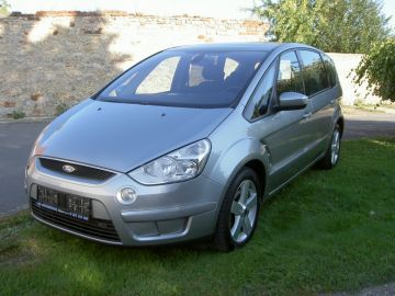 Ford S-Max 2.0TDCi - Titánium,automat,panorama